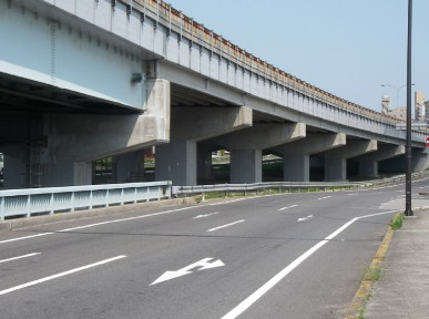 国道2号西広島バイパス(五日市)橋梁補修工事.